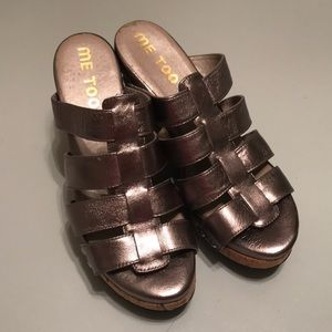 Me too Pewter color wedge